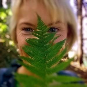 Green Hedonista im Wald